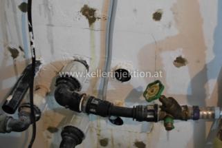Rohrdurchführung abgedichtet 321x215 - Rissverpressung, Rohrdurchführungen abdichten, etc.